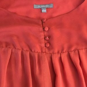 NY Collection Tops - NY collection size large very cute top!